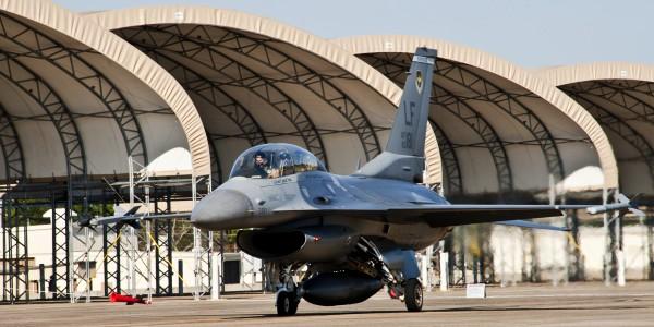 F-16 shelter Eglin aircrat on flightline-March 2011