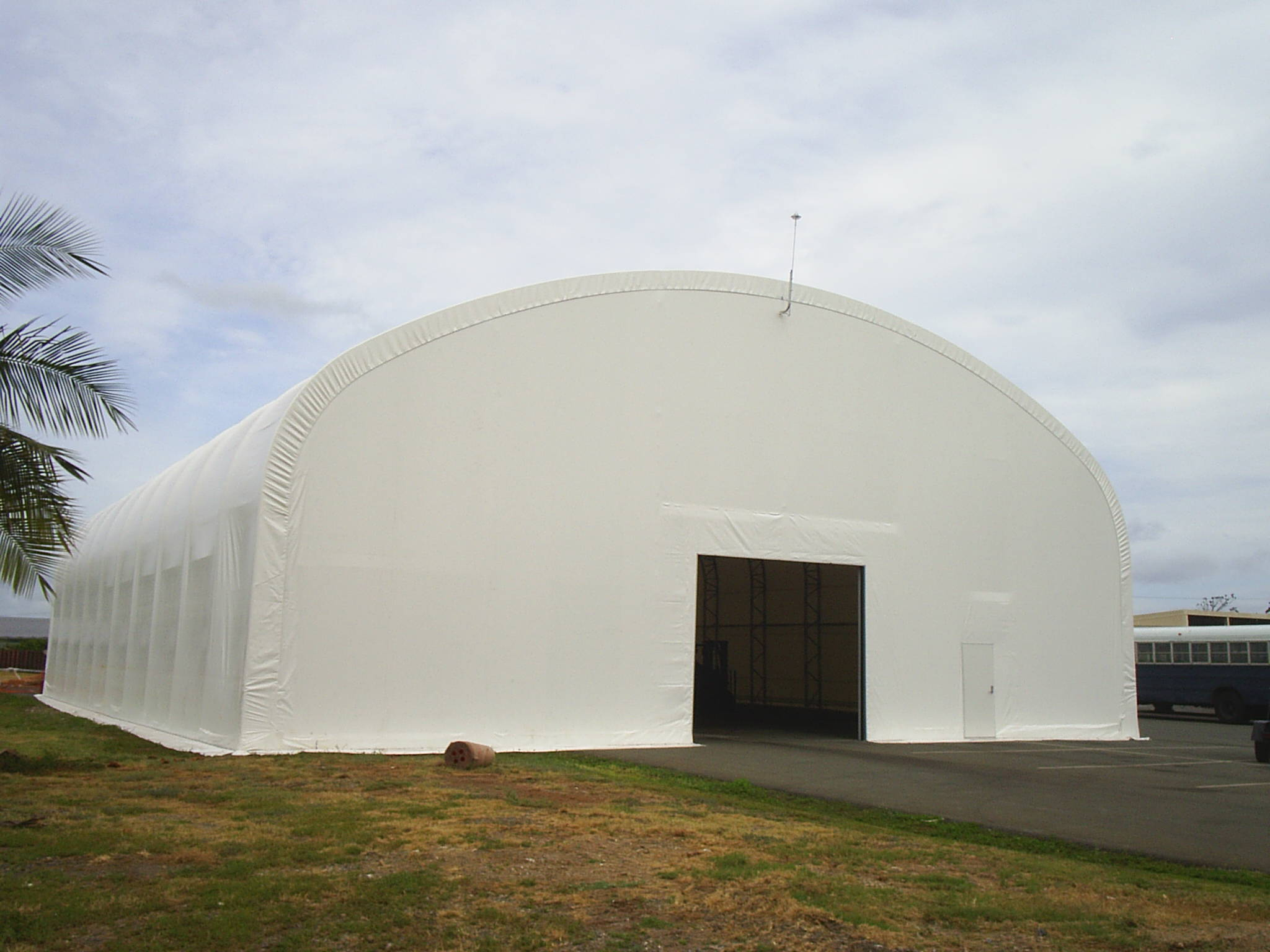 Big Top Shelters : Rapid deployment fabric shelters swes big top military