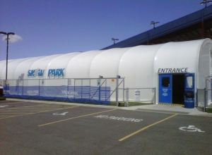 snow-park---big-top-shelter_15164632190_o