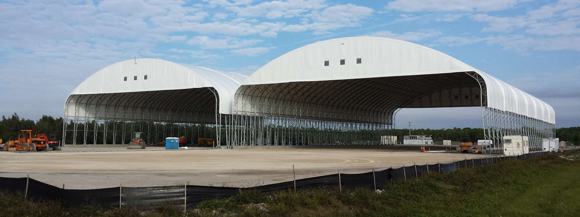 Military Hangar (article)